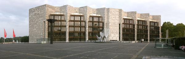 Mainz, Rathaus von Arne Jacobsen und Otto Weitling